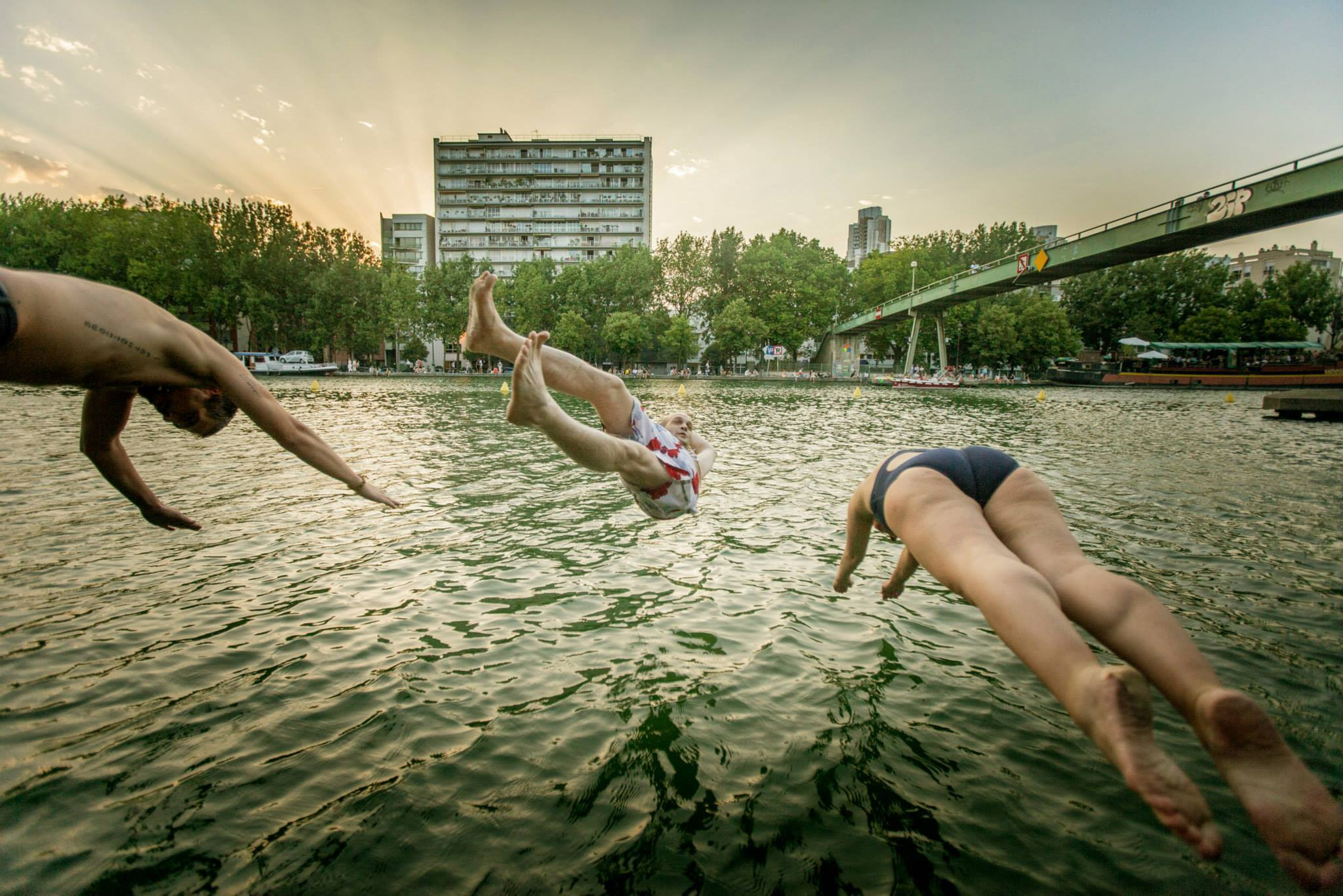 2  Alex Barnab Voyerjpg - Les Baignades urbaines, une activité Seine !