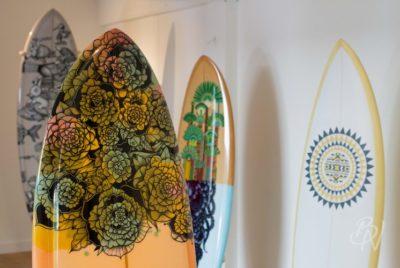 Bleu noir biarritz board tattoo art shop gone surfing 11jpg 400x268 - - Gone surfing - Planche à tattoo