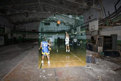 Detroit Urbex 1jpg 400x268 - Urbex à Détroit  : cette série de collages photo superpose habilement le passé au présent