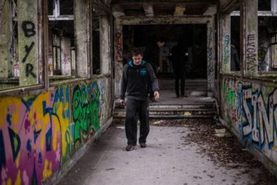 IMG5627 400x268 - Urbex x Parkour : visite acrobatique d'un sanatorium abandonné