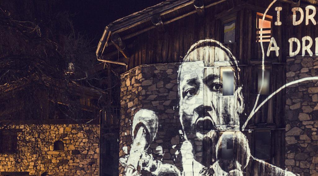 Philippe Echaroux, quand le street art 2.0 mixe le poids des mots au choc des photos !