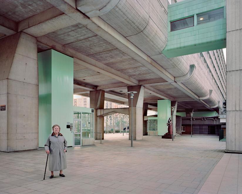 Kronental 14 photo cite teci reportage banlieue argentique vieux - Laurent Kronental sublime la banlieue et ses vieux...