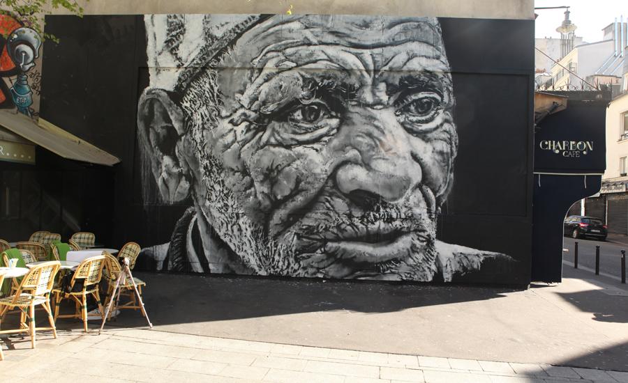 Paris LeMur mur street art 11e oberkampf Graff streetart Helene Laxenaire - 16 villes payent déjà leur M.U.R. !