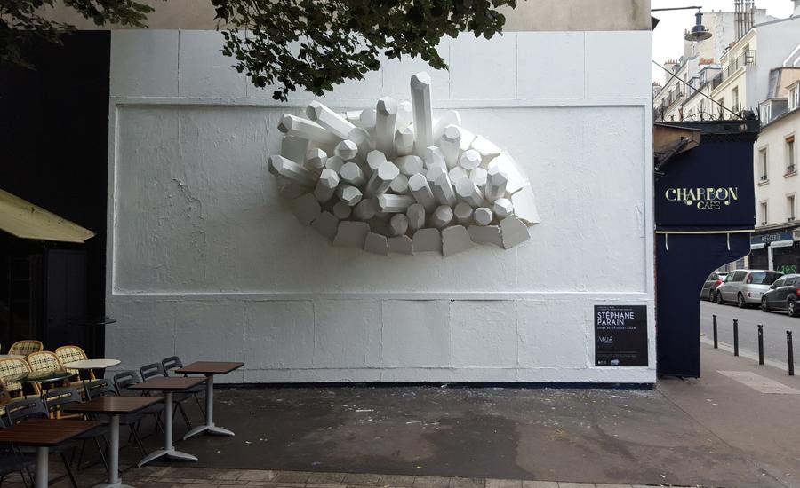 Paris Streetart 11e LeMur mur installation volume pierre blanc art SebastienParain Helene Laxenaire - 16 villes payent déjà leur M.U.R. !