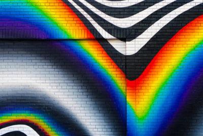 felipe pantone brique streetart rainbow coverformatdesktop300dpi 400x268 - Felipe Pantone,