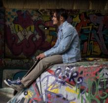 Urbex Séries #06 – Session freestyle avec Jean Pantaleo dans un skatepark DIY