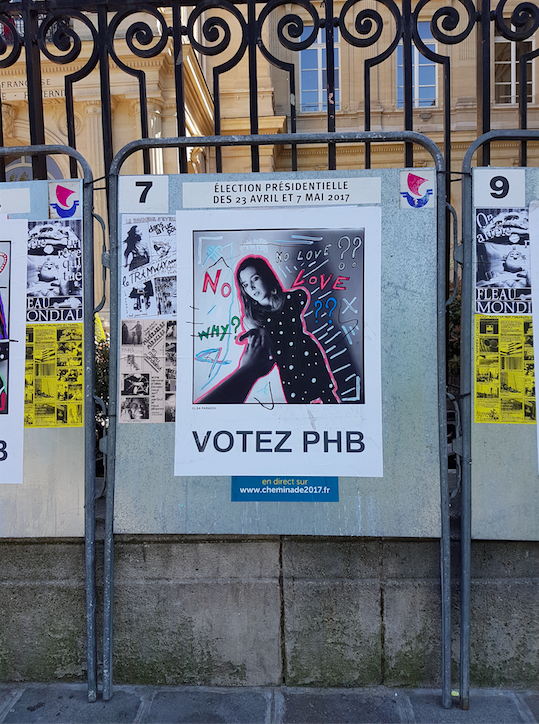 pr sidentielle 2017 le street art squatte les affiches de campagne. Black Bedroom Furniture Sets. Home Design Ideas