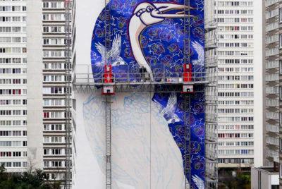 Skyisthelimit-docu-JeromeThomas-nacelle-streetart-mural-xxl-peintre-stew-cite-banlieue-hlm-cover_format_desktop_300dpi