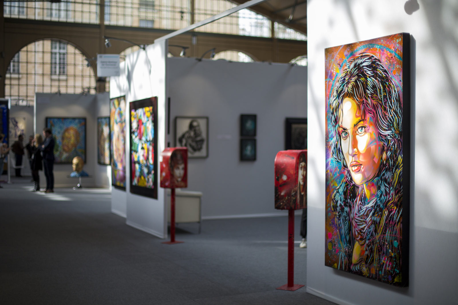 urbanartfair reportage photo foire streetart arturbain Paris exposition galeries panorama carreaudutemple shows films oeuvre couleur - Urban Art Fair : la foire qui booste le marché du street art