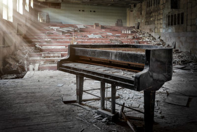 salle_concert_abandonnee_urbex_RADAR_cover_article_Base_72dpi