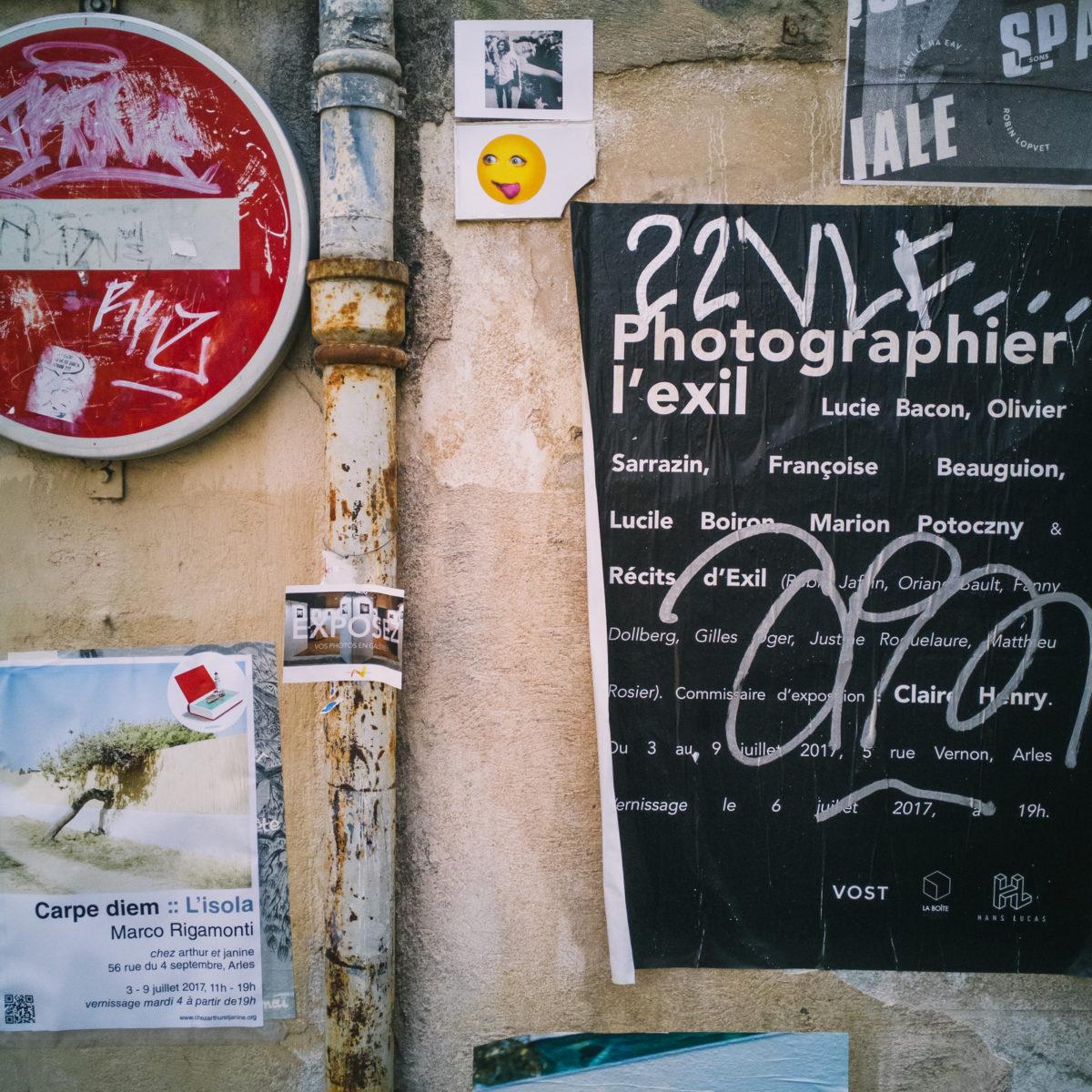 aliocha boi arles photographie surfaces mur streetart4 - Le photographe Aliocha Boi révèle la façade street d'Arles