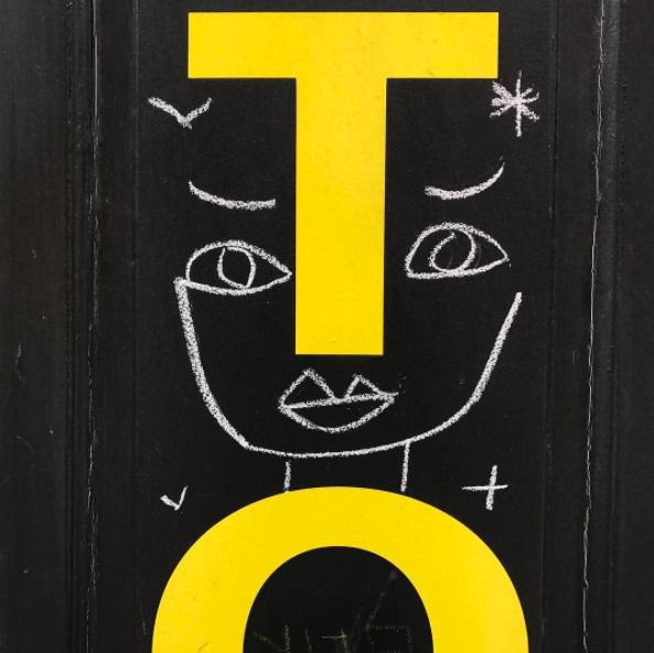 jc de castelbajac craieteur street art craie9 - Craieateur : quand JC de Castelbajac poétise la ville