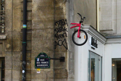 monsieur-BMX-installation-velo-montpellier-mur-street-art-RADAR_cover_article_Base_72dpi