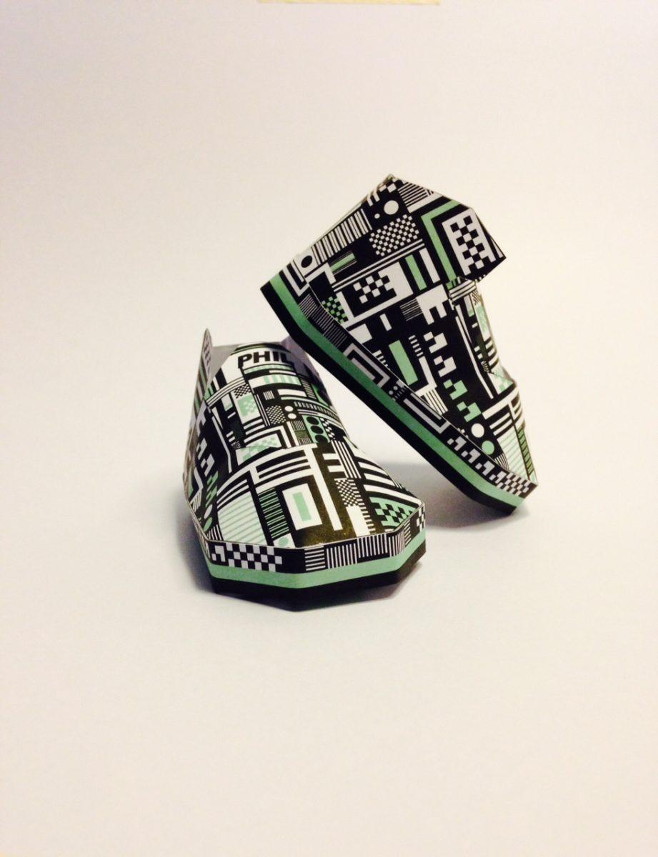 phil toys origami paper art sneakers nike shoes paperair 1 - PaperAir, des paires de sneakers en version papier