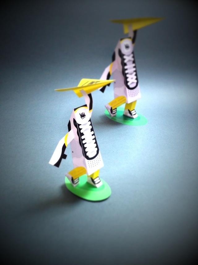 phil toys origami paper art sneakers - PaperAir, des paires de sneakers en version papier