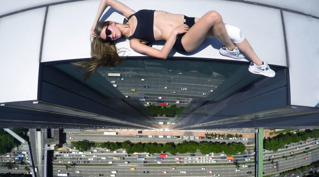 Angela Nikolau, girly jusqu'au bout des… plus hautes tours du monde !