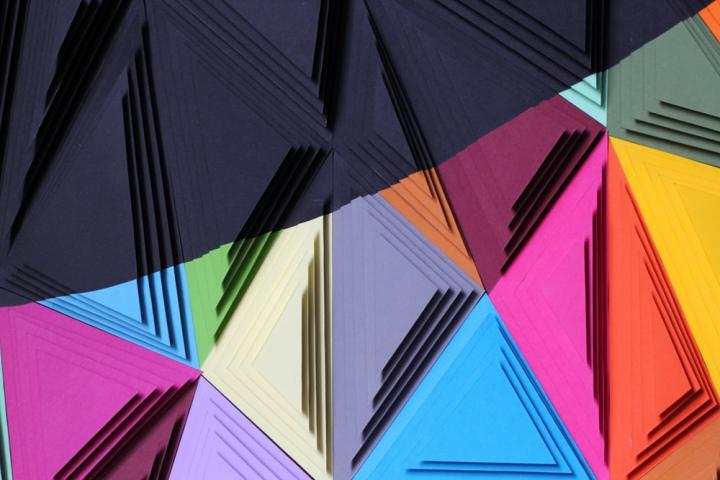 antoine casals street artiste paper art sculpture2 - Antoine Casals, le magicien de la sculptureen papier