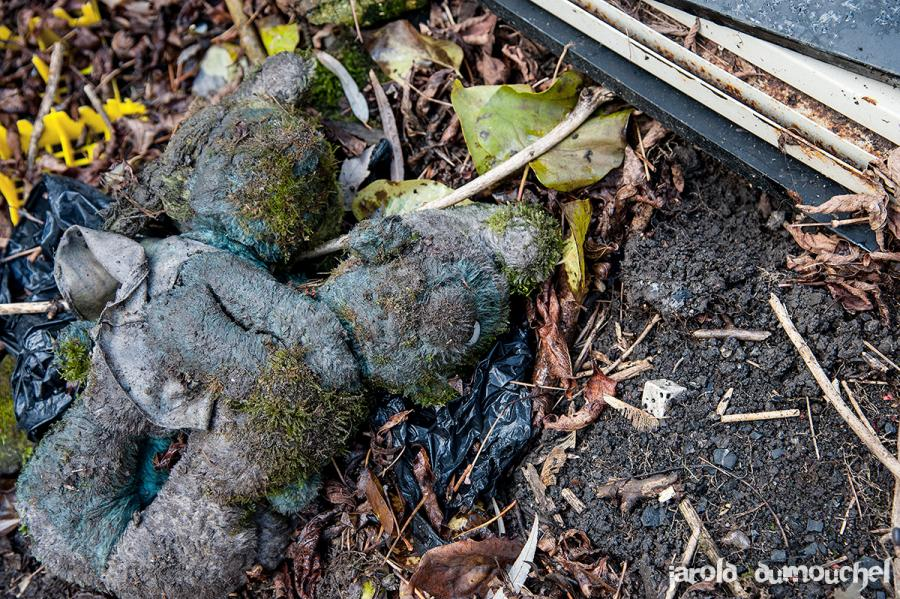 camping abandonne canada urbex vacances ete4 - Un étrange camping abandonné plante sa tente au Canada