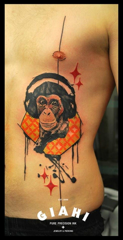 live2 monkey streetartistes tatoueurs tatouage arturbain radar top5 allurbanmakers - Ces cinq artistes explosent les barrières entre graffiti et tatouage…