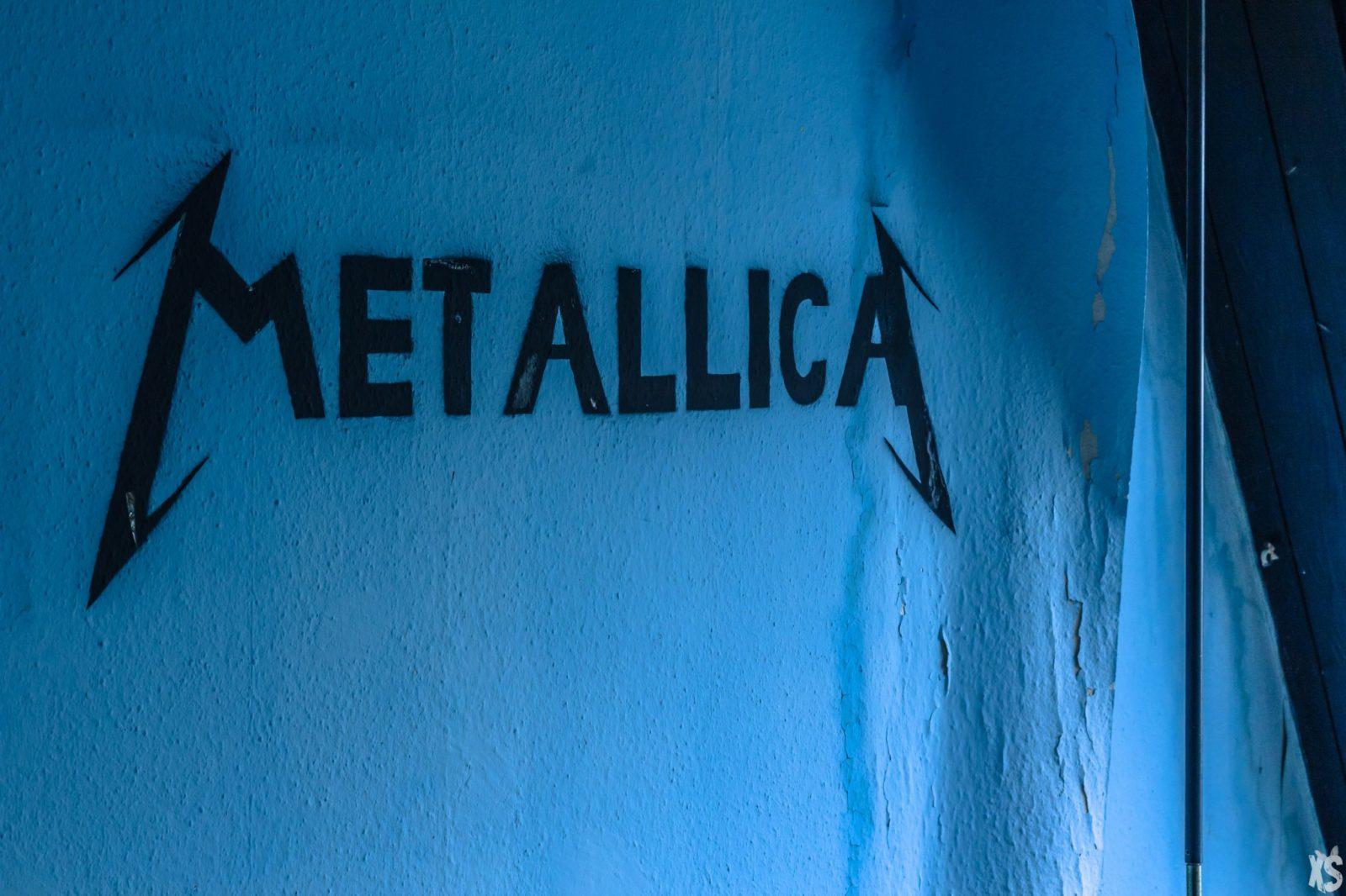 rentre ecole faculte universite lieuxabandonnes urbex explorationurbaine graffiti maternelle marceau radar allurbanmakers urbexsession vinkopintarik metallica graffiti - De la maternelle à la fac, découvrez les plus belles écoles abandonnées !
