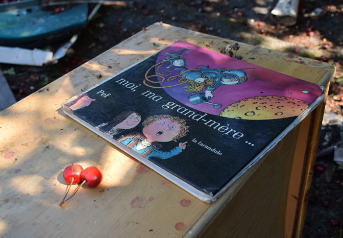 rentre ecole lieuxabandonnes urbex explorationurbaine graffiti maternelle marceau radar allurbanmakers glauqueland livres conte moimagrandemere - De la maternelle à la fac, découvrez les plus belles écoles abandonnées !