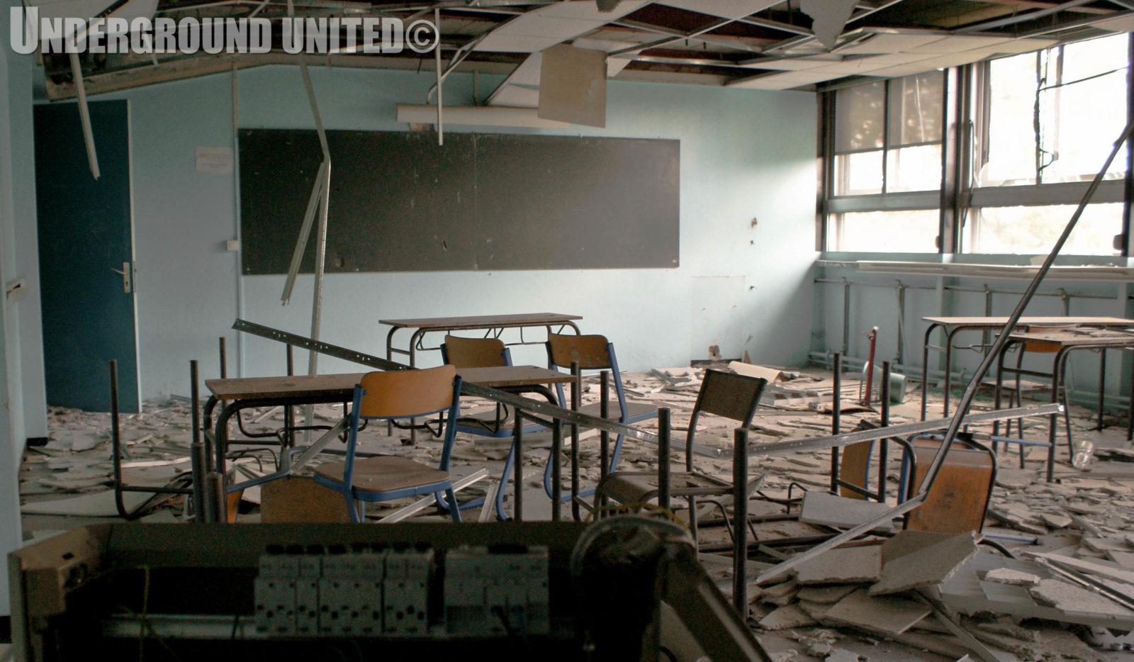 rentreescolaire college lieuxabandonnes urbex explorationurbaine radar allurbanmakers undergroundunited 79676o - De la maternelle à la fac, découvrez les plus belles écoles abandonnées !