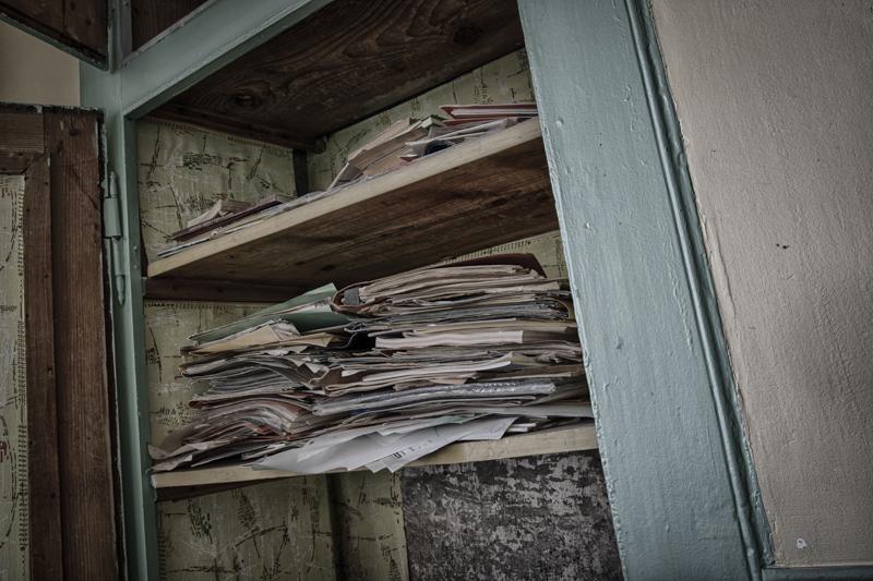 rentreescolaire ecole primaire lieuxabandonnes urbex explorationurbaine radar allurbanmakers momentd1pose cahiers - De la maternelle à la fac, découvrez les plus belles écoles abandonnées !