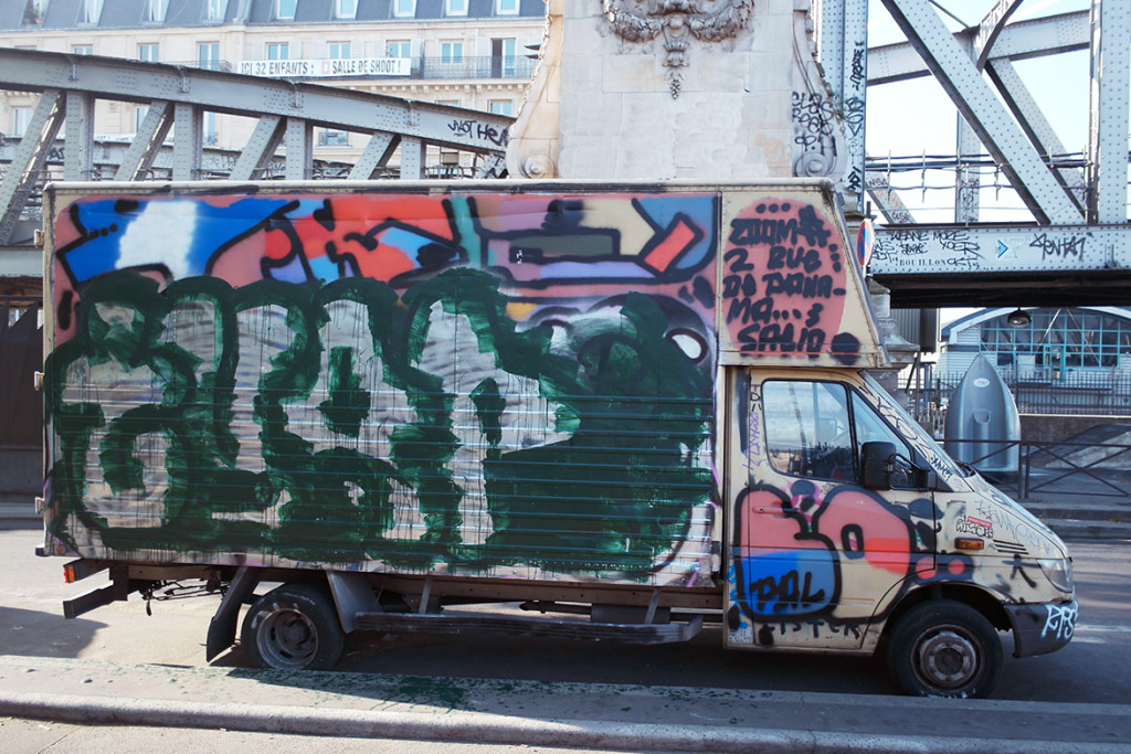 saeio7125 camion flop tag paris graffiti bombs radar allurbanmakers - 1987-2017 - RIP Saeio : le mega wizzard du graff n'est plus.
