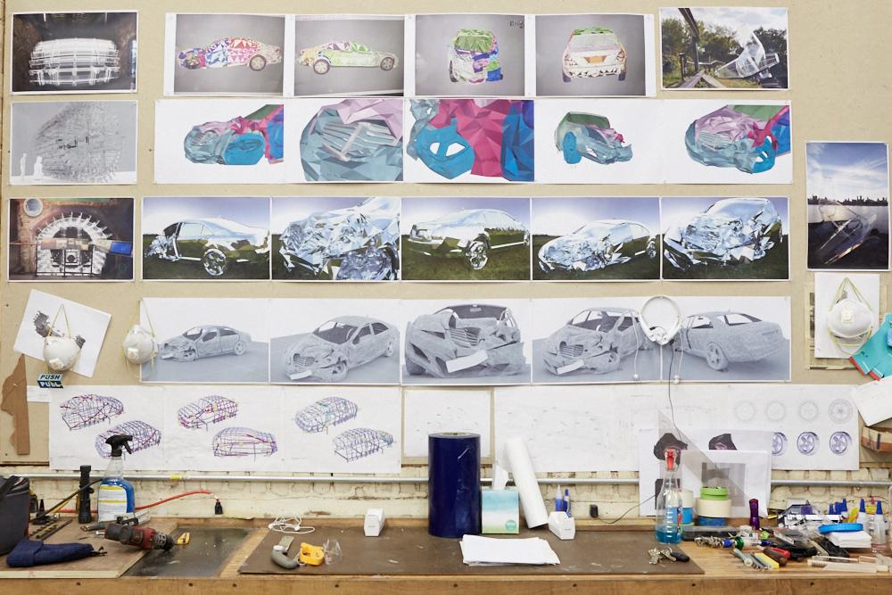 griska atelier wreck sculpture wreck - Jordan Griska, le sculpteur à l'univers miroitant