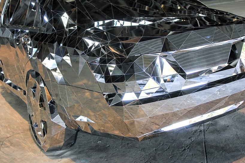 jordan griska wreck sculpture wreck4 - Jordan Griska, le sculpteur à l'univers miroitant