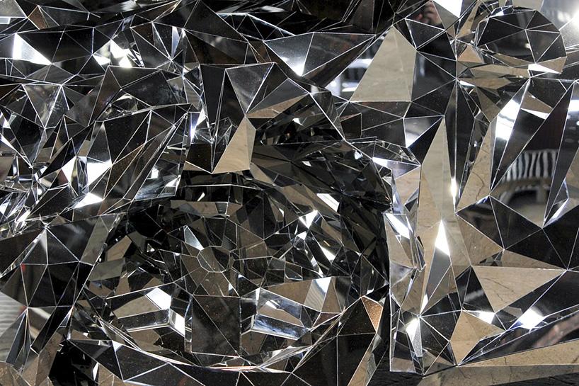 jordan griska wreck sculpture wreck5 - Jordan Griska, le sculpteur à l'univers miroitant
