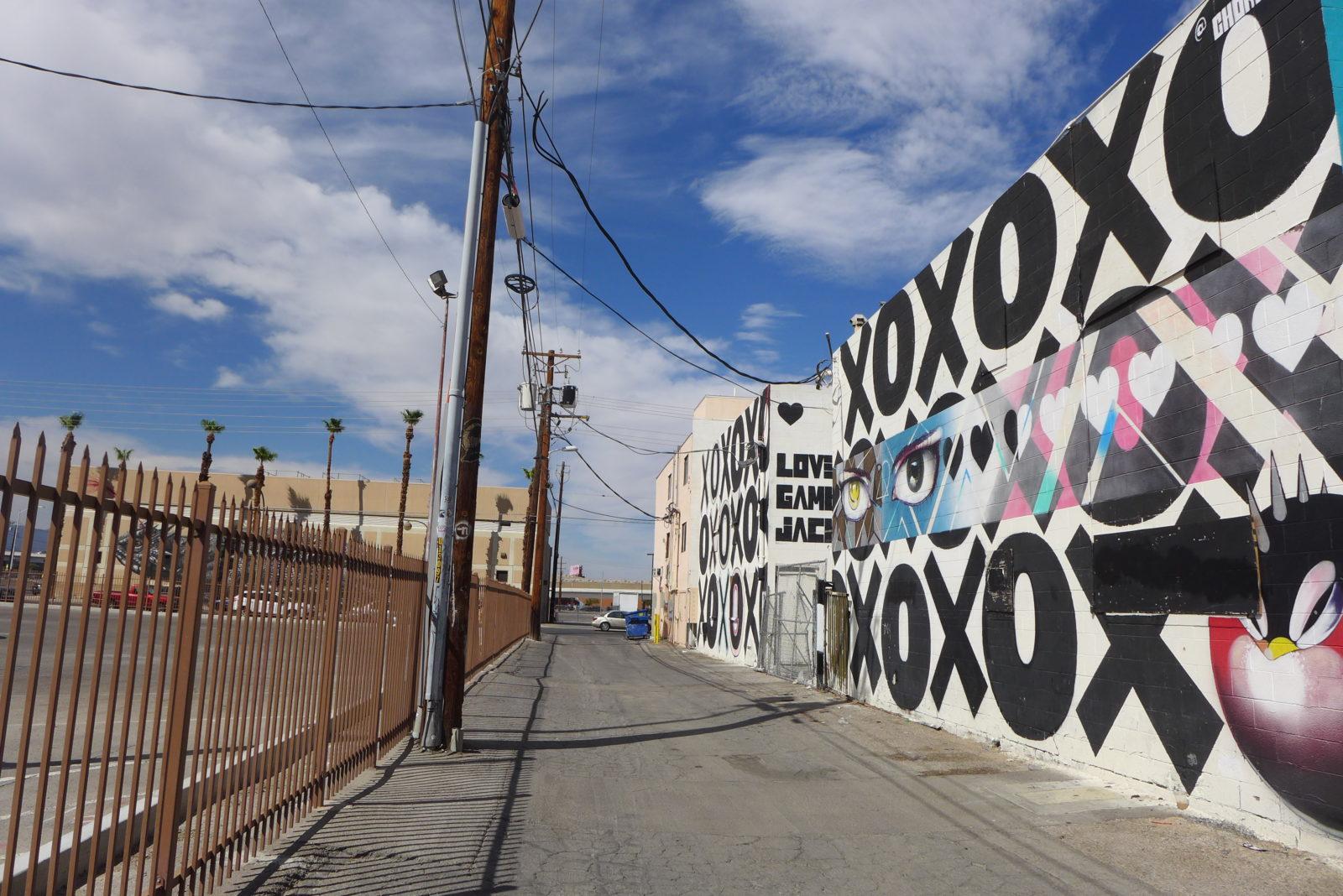 arturbain lasvegas street art murals radar graffitiChor Boogie - À Las Vegas, un festival de street art et musique revitalise un quartier en perdition