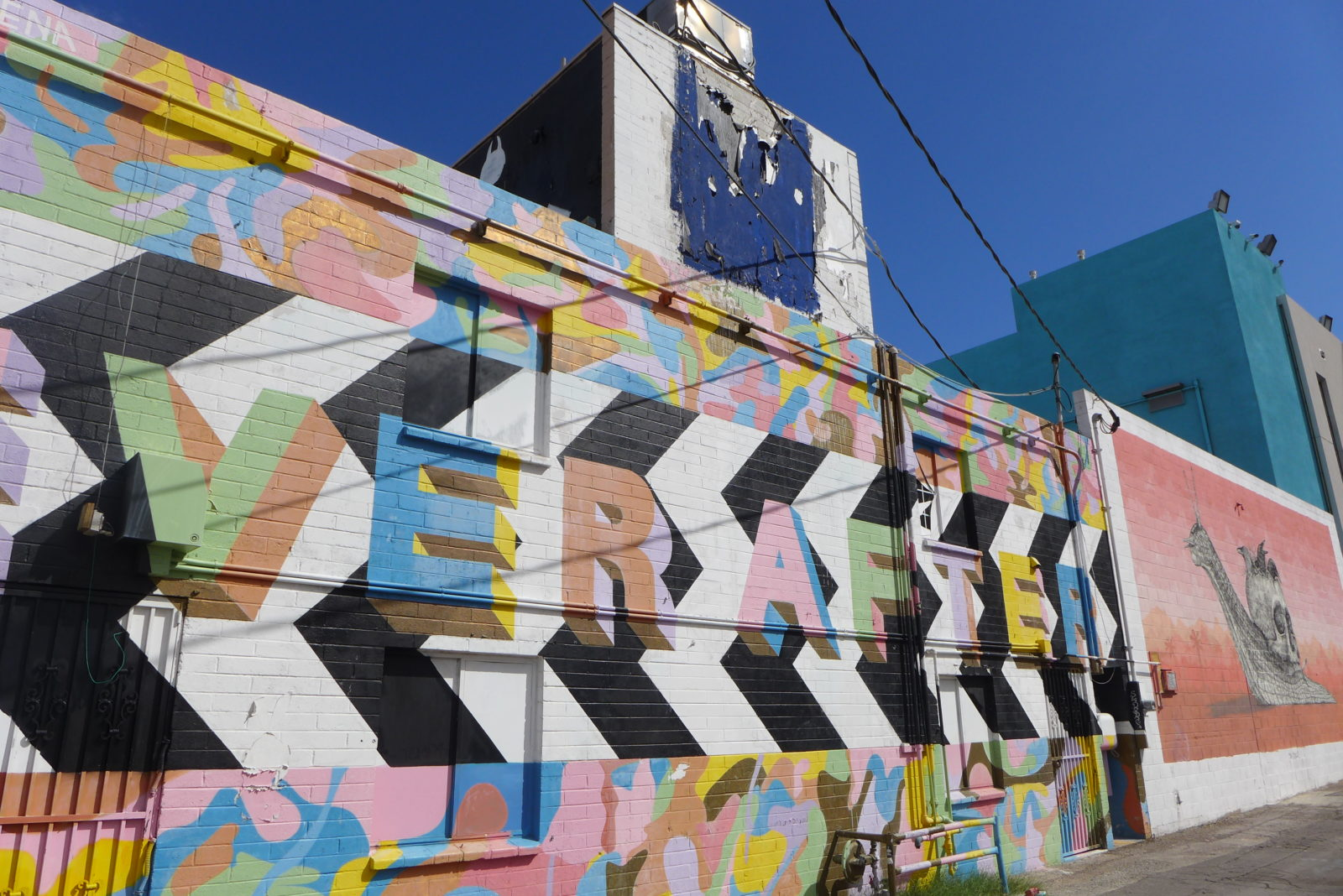 arturbain lasvegas street art murals radar graffitiLakwena - À Las Vegas, un festival de street art et musique revitalise un quartier en perdition