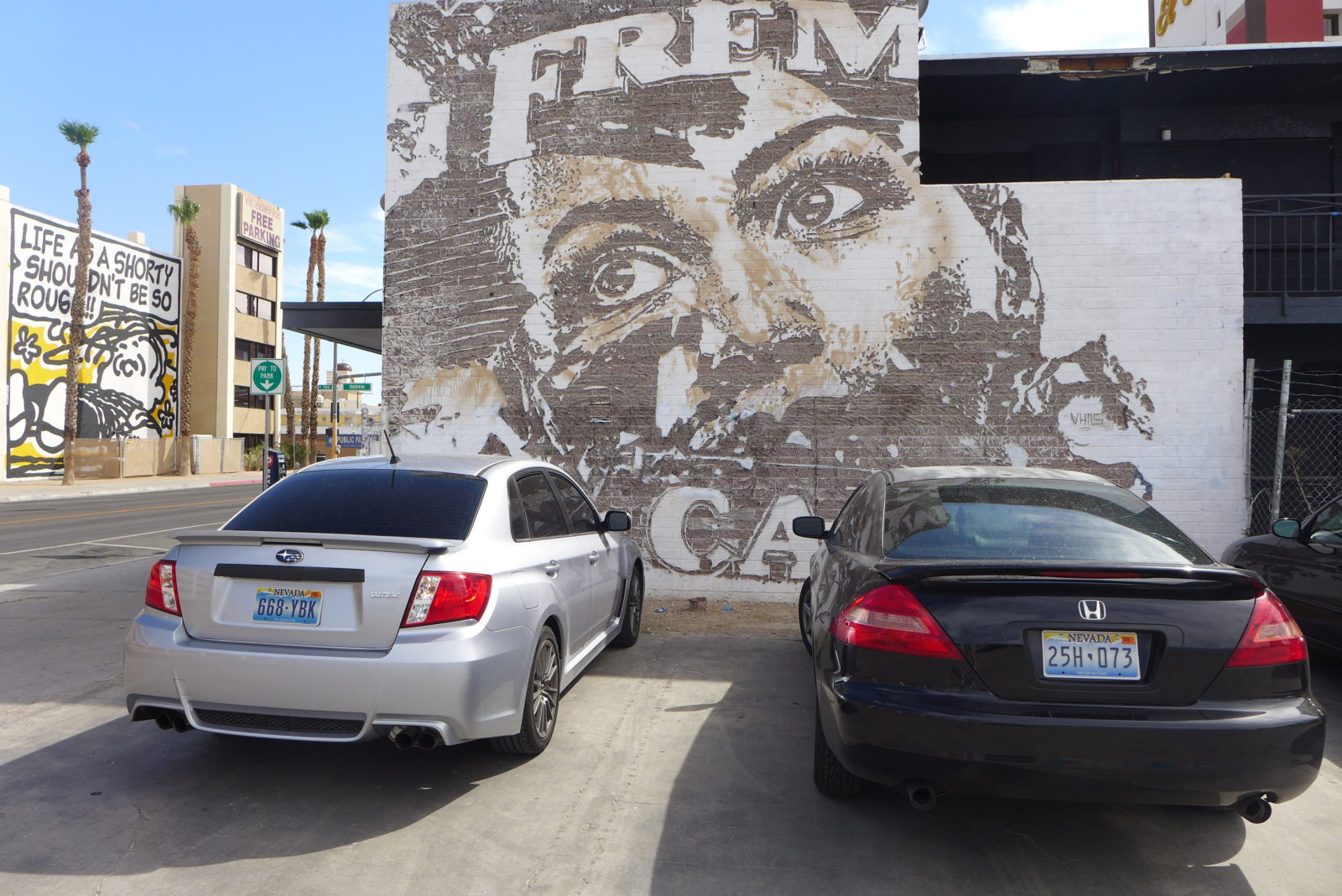 arturbain lasvegas street art murals radar graffitiVhils - À Las Vegas, un festival de street art et musique revitalise un quartier en perdition