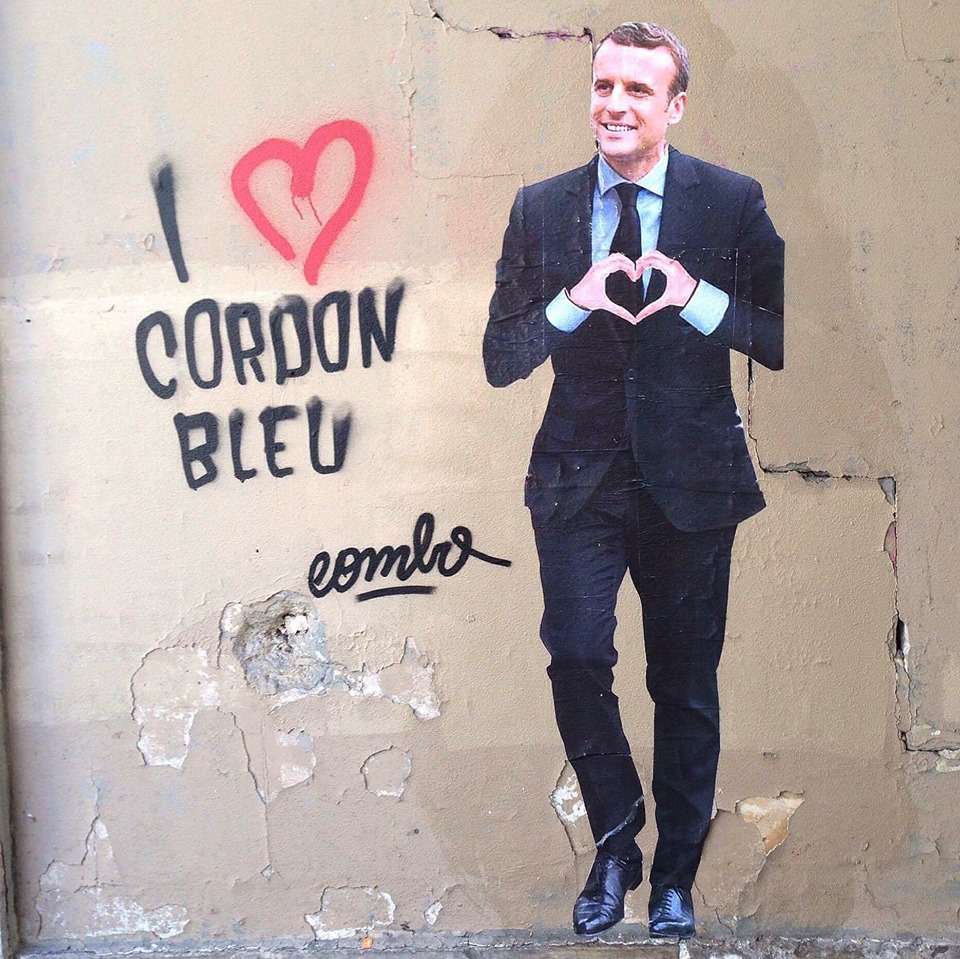 combo-arturbain-streetart-message-politique-radar-paris-president-macron-graffiti
