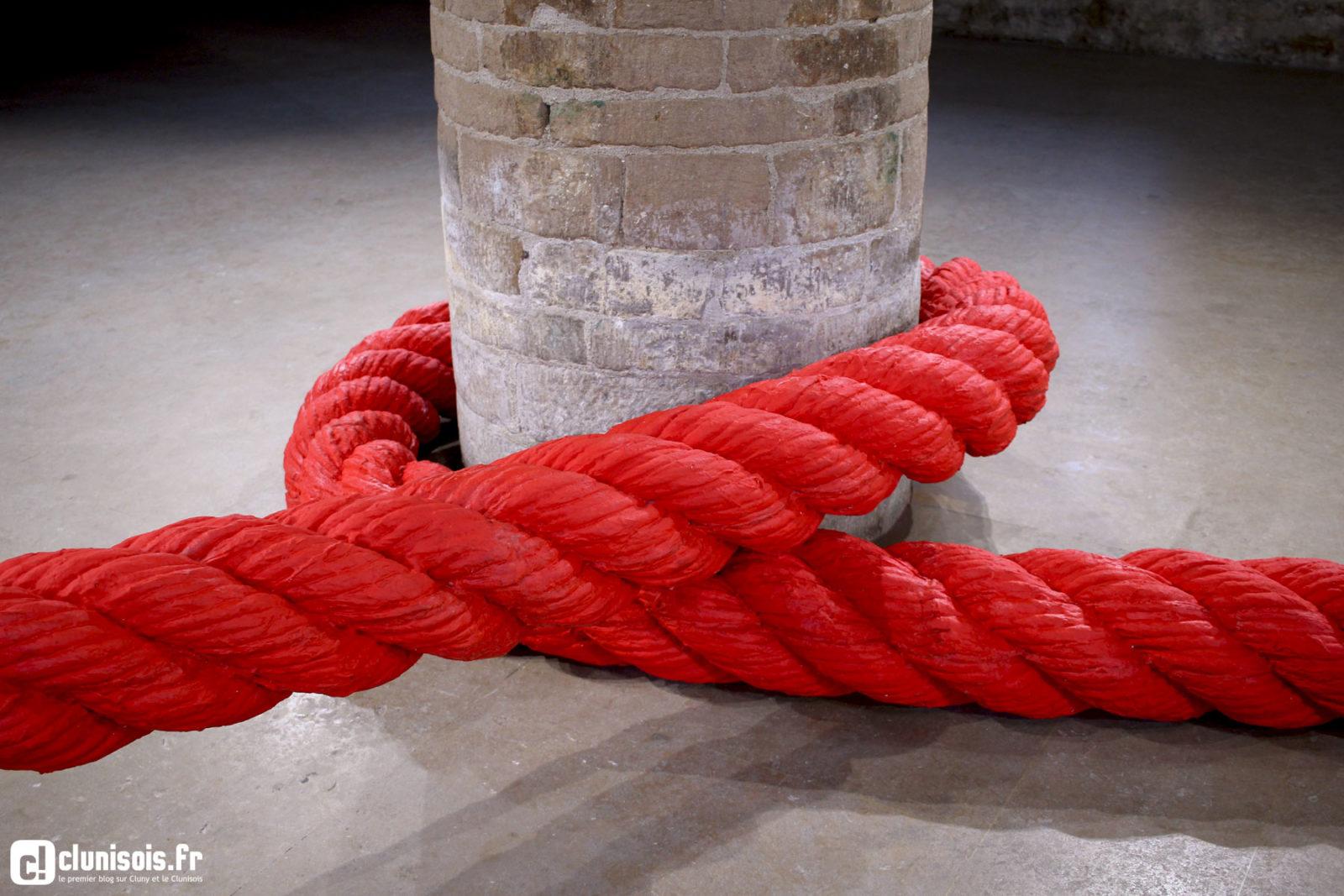 lilian bourgeat filet sculpture installation exposition corde noeuds7 - Lilian Bourgeat, le sculpteur qui voit grand