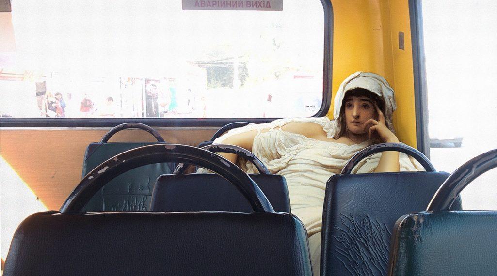 Les héros classiques squattent l'espace urbain grâce aux collages d'Alexey Kondakov