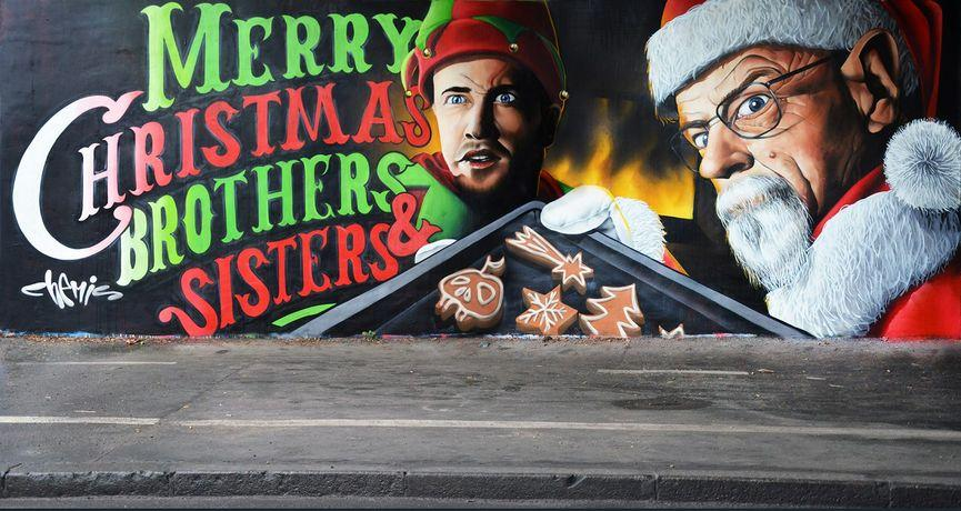 """chemis prague noel serie breaking bad - La """"magie de Noël"""" revue et corrigée par des street artistes"""