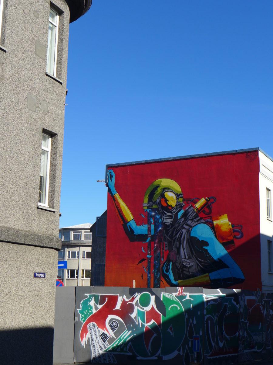 deihxlf vok street art islande reykjavik wall poertry  - Focus sur Reykjavik : la capitale de l'Islande s'ouvre au street art !
