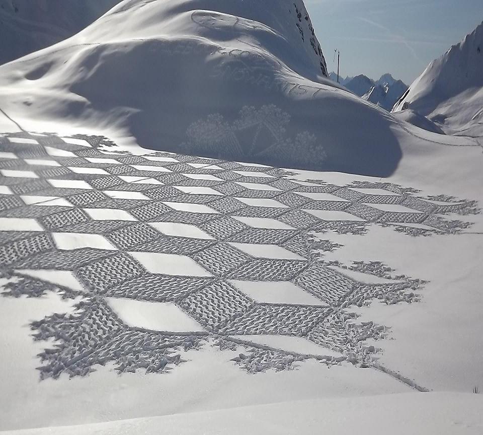 neige hiver creativite RADAR artistes snow art simon beck 7 - À la montagne comme à la ville, ces artistes transforment la neige en véritables œuvres d'art