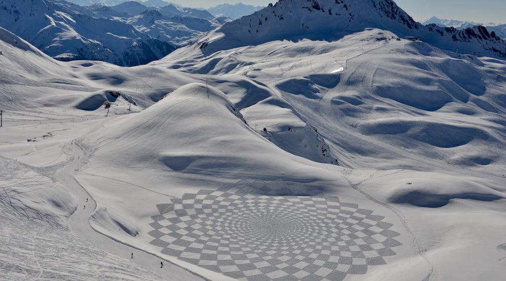 A La Montagne Comme A La Ville Ces Artistes Transforment La Neige