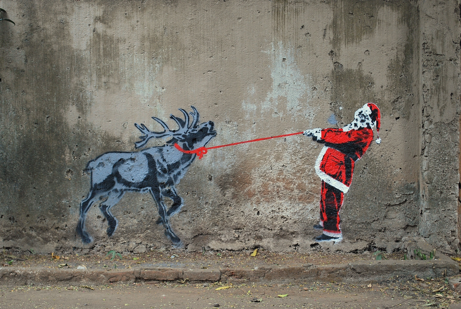 """tyler noel rennes animal soumission - La """"magie de Noël"""" revue et corrigée par des street artistes"""