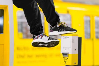 adidas eqt berlin metro sneaker radar ticket jaune 400x268 - Adidas lance une paire de sneakers avec forfait de métro intégré