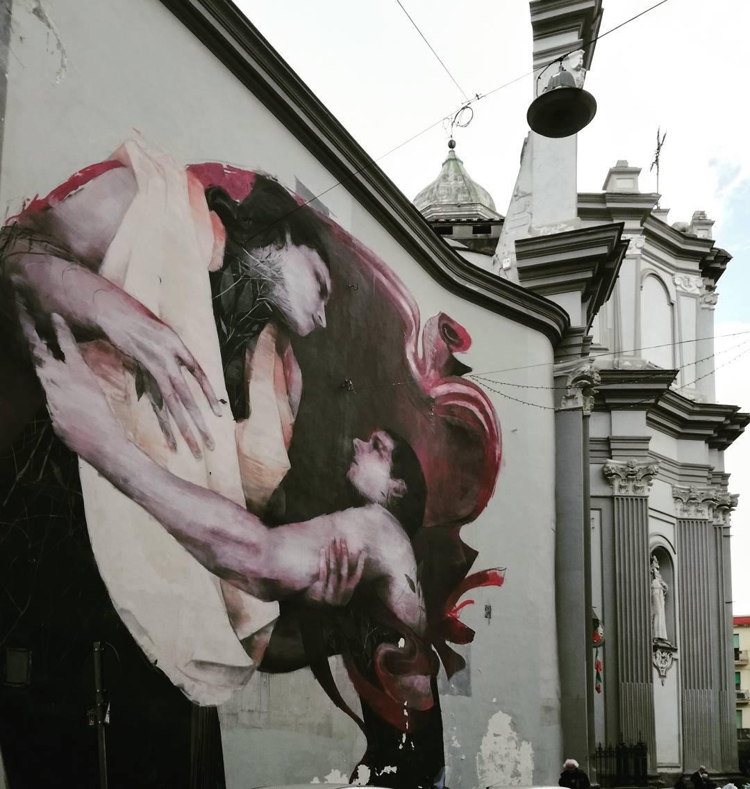 bosoletti murale basilique streetart peinture eglise arturbain - Les peintures murales de Bosoletti se révèlent en négatif