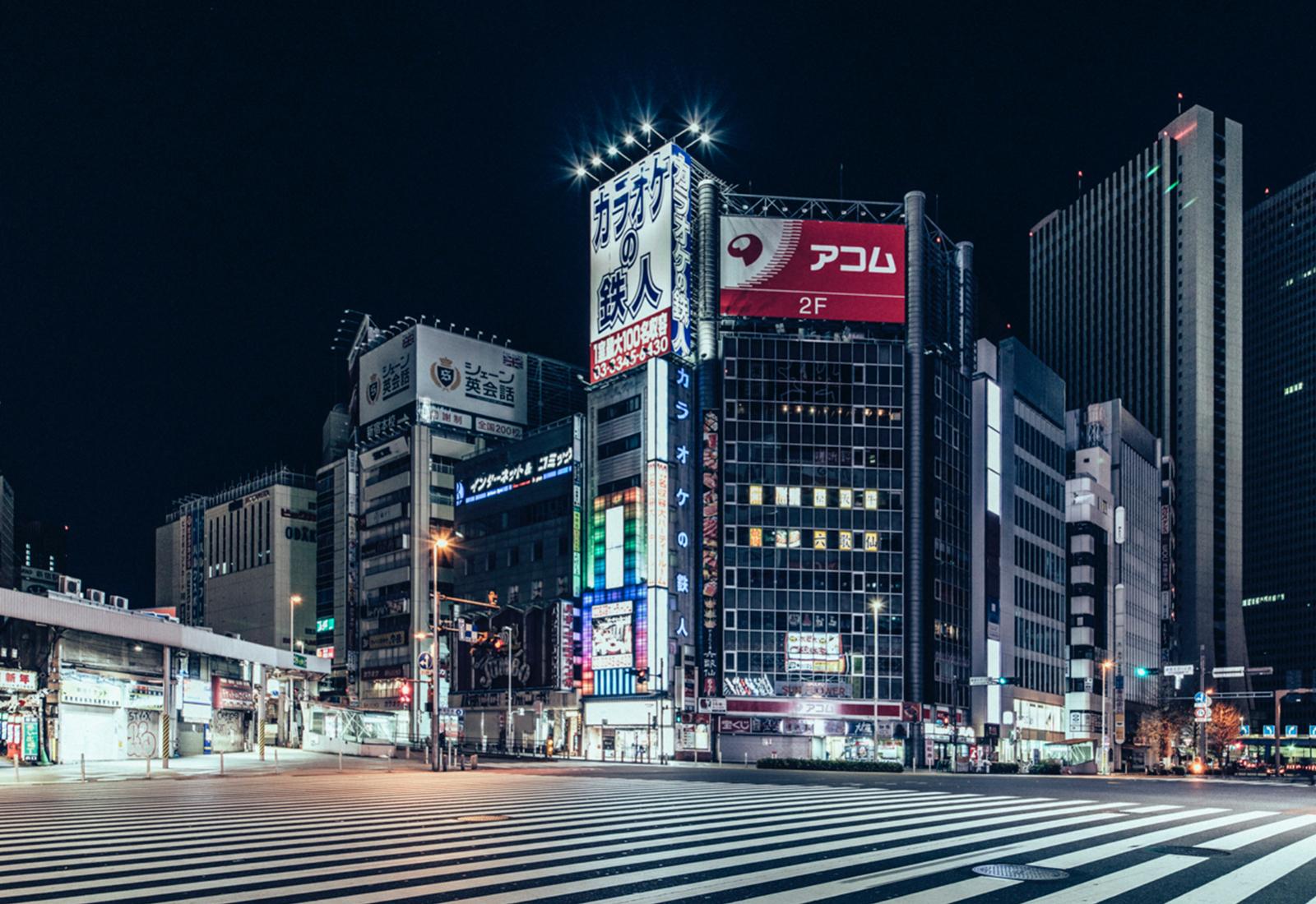 "genaro bardy ville deserte nuit japon tokyo photo art - ""Desert in the city"" : Genaro Bardy photographie Tokyo vidée de ses habitants"