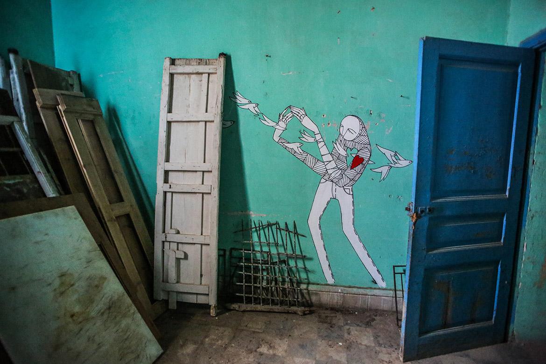 know hope djerbahood tunisie street art galerie village fresque murale - Sur l'île de Djerba, un petit village tunisien porte haut les couleurs du street art