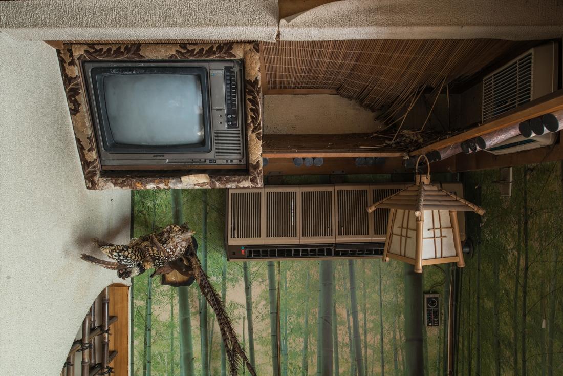 """love hotel climBobThissen - Urbex : dans l'étrange intimité d'un """"love hotel"""" japonais abandonné"""