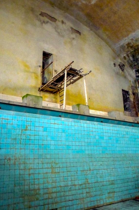 piscine abandon urbex jo berlin - Berlin, Sarajevo, Athènes : les sites des Jeux Olympiques version urbex