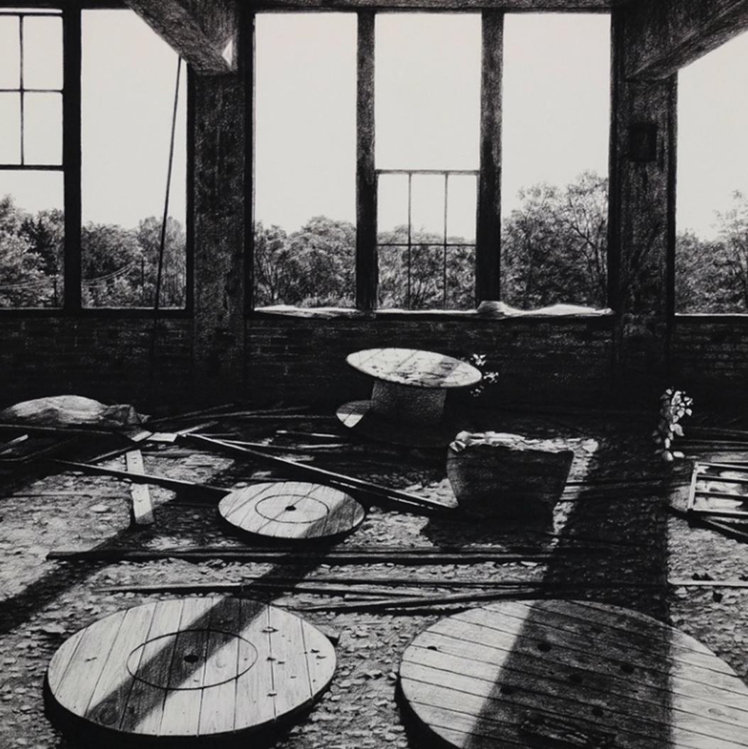 stephanie buer urbex detroit fusain ombres - L'artiste Stéphanie Buer peint des lieux abandonnés avec un réalisme stupéfiant