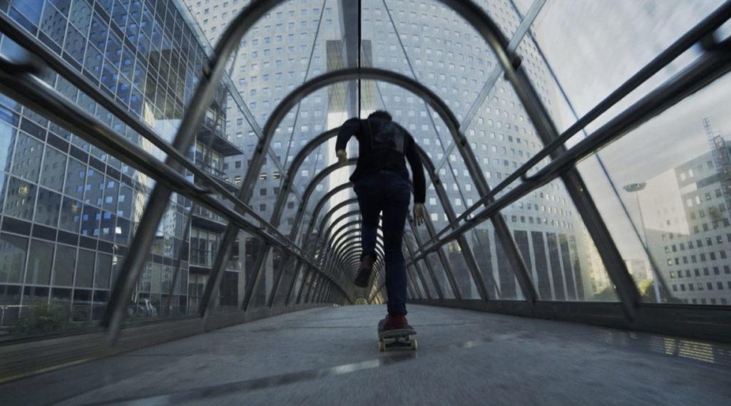 «Unwordable», un film de skate qui explore Paris et sublime son architecture